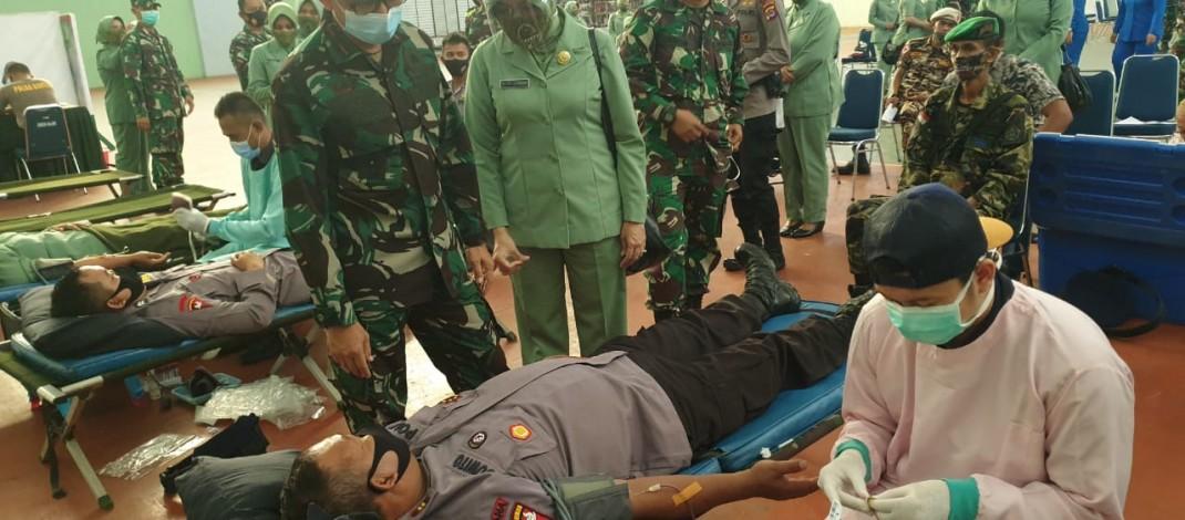 Jelang HUT TNI Ke 75, Korem 064 Maulana Yusuf Gelar Bakti Sosial Donor Darah